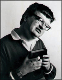 This picture shows a portait of Kim Peek.